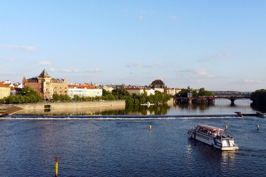 Praga: paseo en barco por el río Moldava