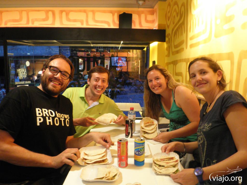 Noche de Tacos con Vale y Gaby en Lausana