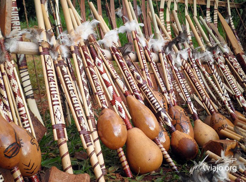Artesanías Guaranies en La Aripuca (Iguazú, Misiones)